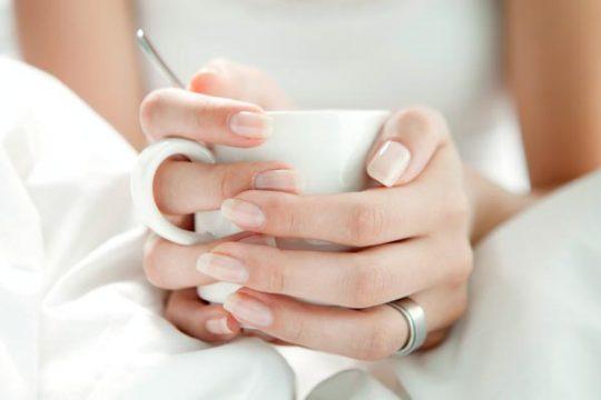 aceite arbol del te para las uñas